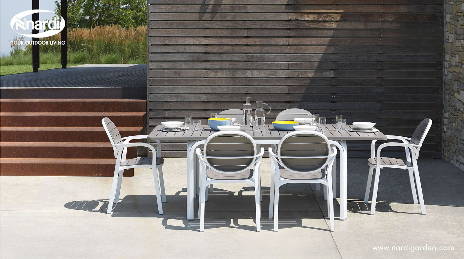 Contemporary table / polypropylene / aluminum / garden