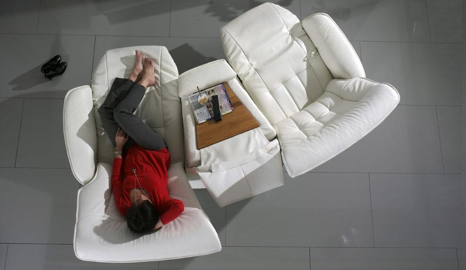 sofá Belvetara blanco de piel Torrevieja
