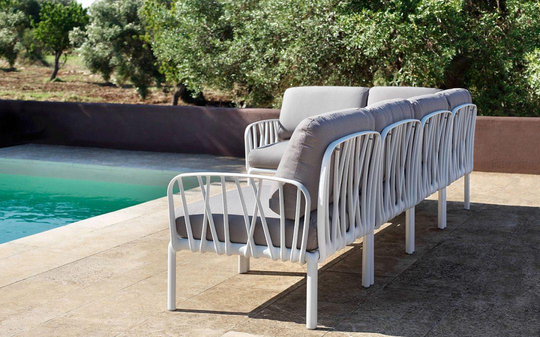 Disfruta del aire libre con nuestros muebles de jardín en Alicante