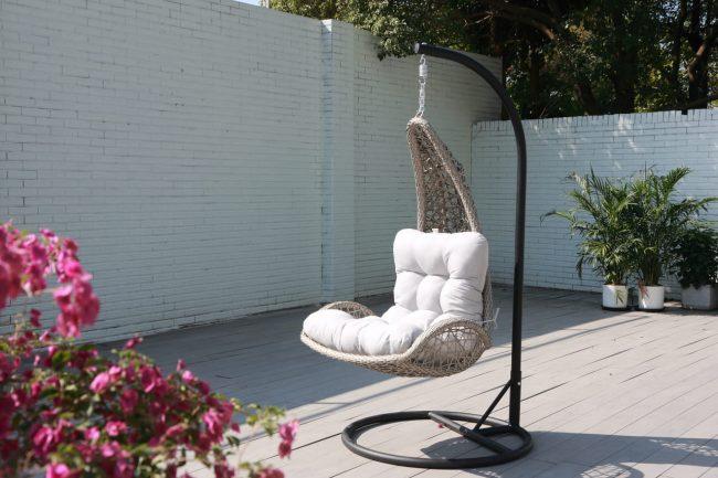 sofá columpio jardín