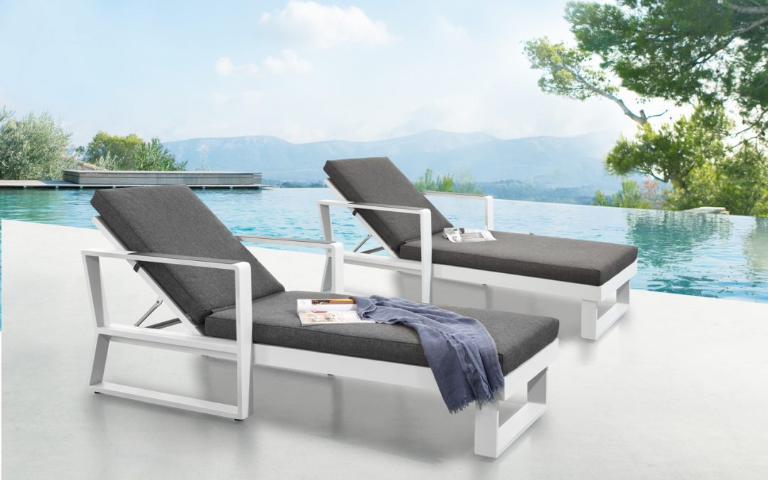 Garden furniture: choosing the right material