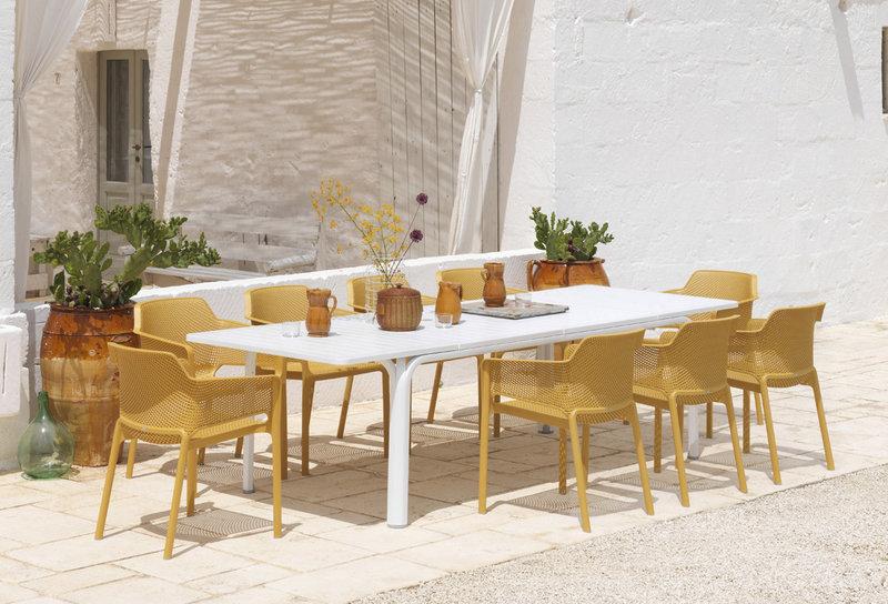Nardi Furniture in Muebles J. Briñas