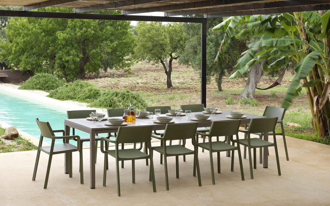 Garden Furniture and Outdoor Decoration